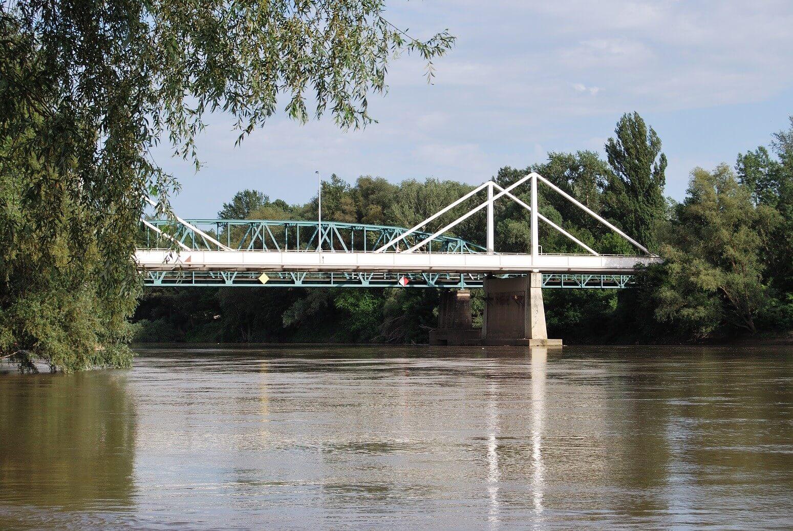 Hat híd felújítását indította el a Magyar Közút