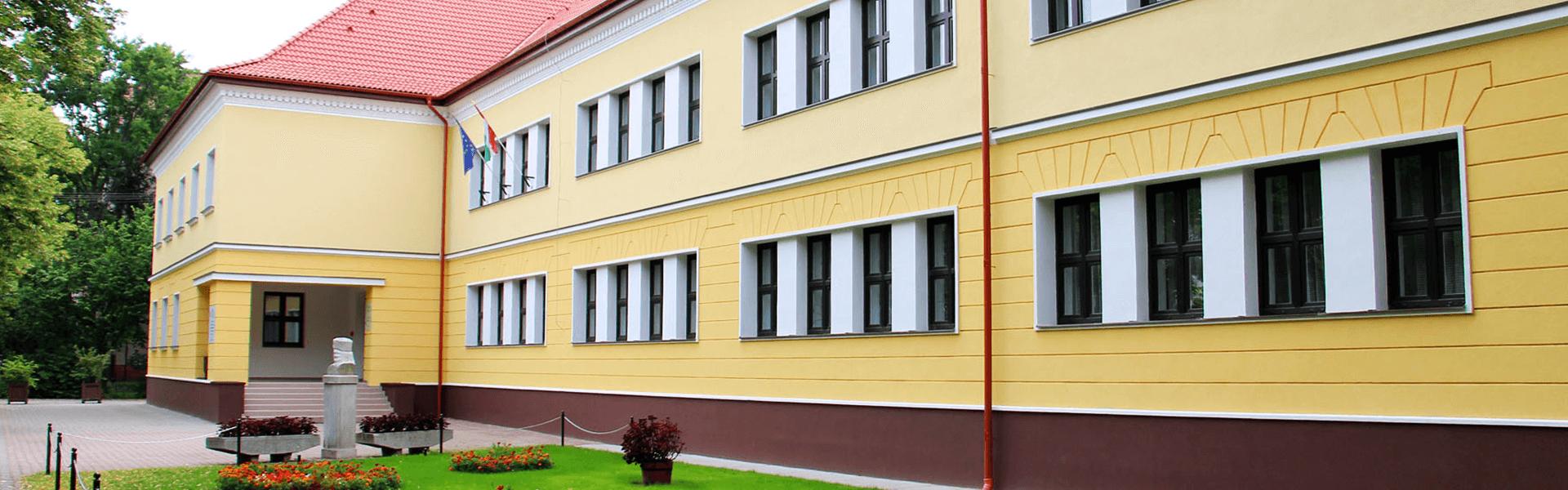 A Merkbau épít Kiskunhalason iskolai sportcentrumot