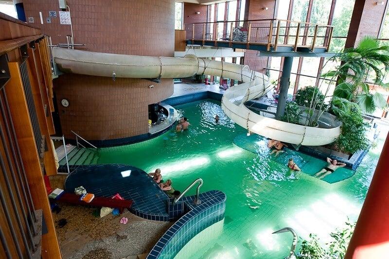 Luxushotelt adtak át a győri élményfürdő mellett