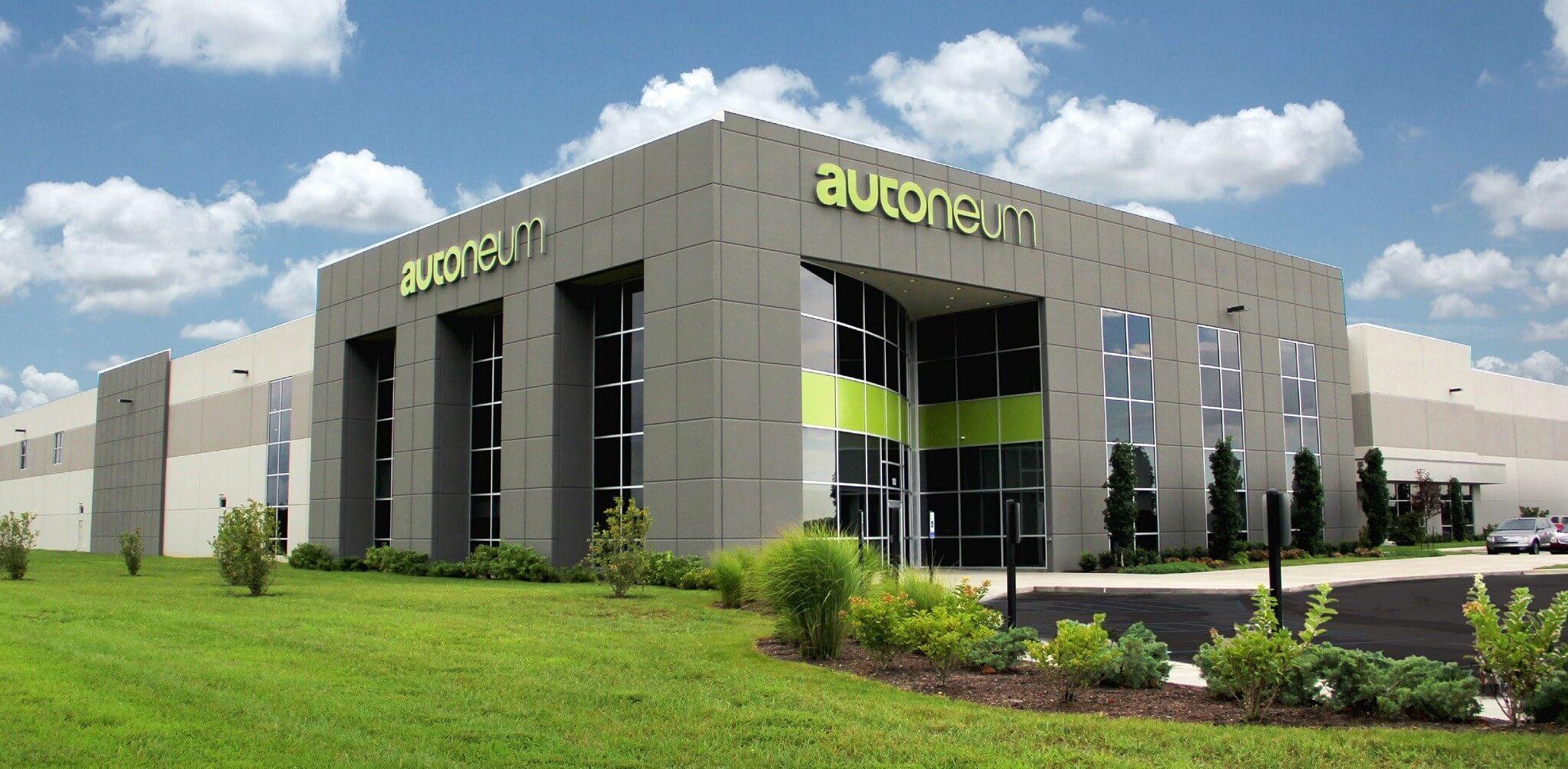 12 ezer négyzetméteres üzemmel lépett be Magyarországra az Autoneum