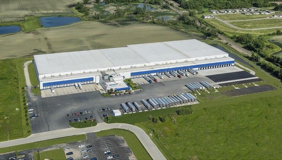 16 kapun dokkolnak a kamionok az új pátyi logisztikai központban