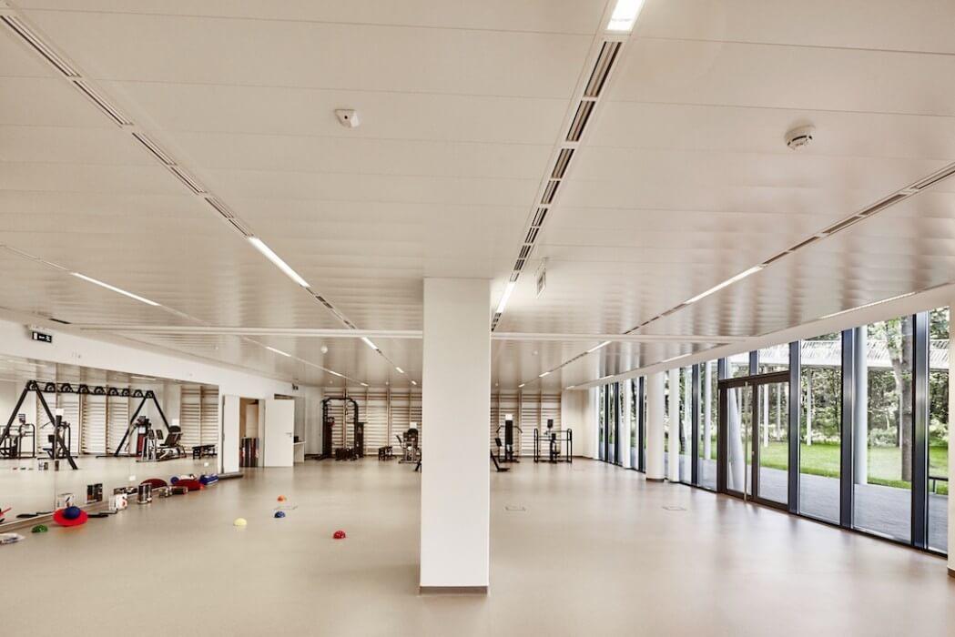 Közel kétezer négyzetméteresre nő a Debreceni Egyetem terápiás központja
