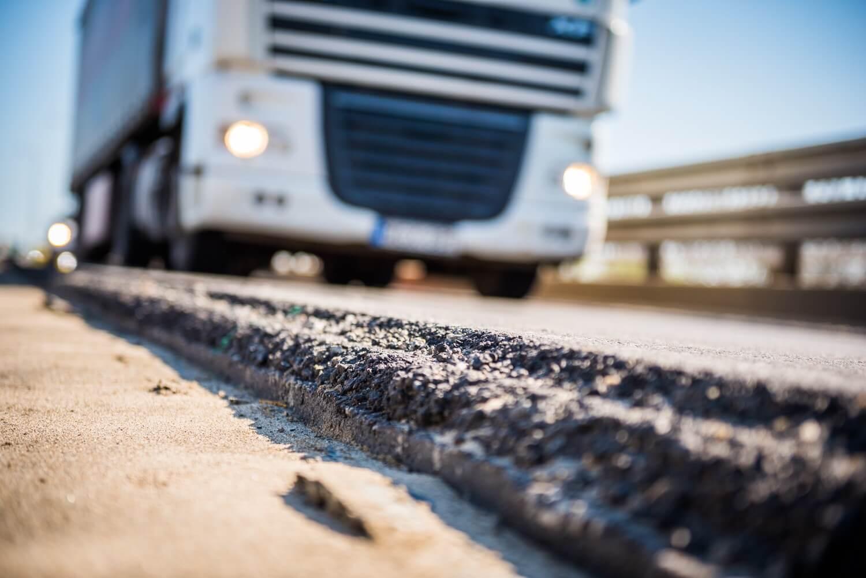 Átfogó út- és vasútfelújítást kap Paks térsége