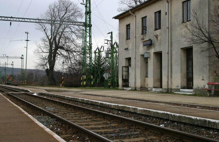 40km/órás korlátozást old fel egy Veszprém megyei vasútvonal felújítása