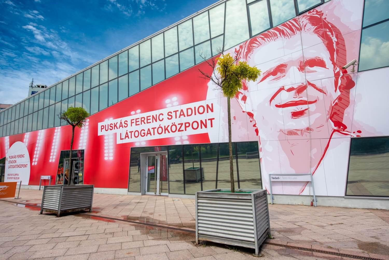 Ingyenes látogatóközpontban tekinthetünk be a Puskás-stadion építkezésébe