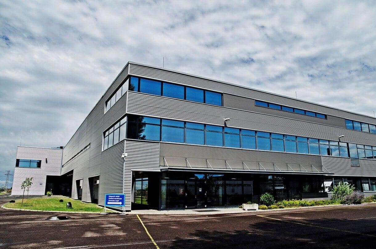 Jelentős fejlesztés kapott az Infineon ceglédi félvezető üzeme