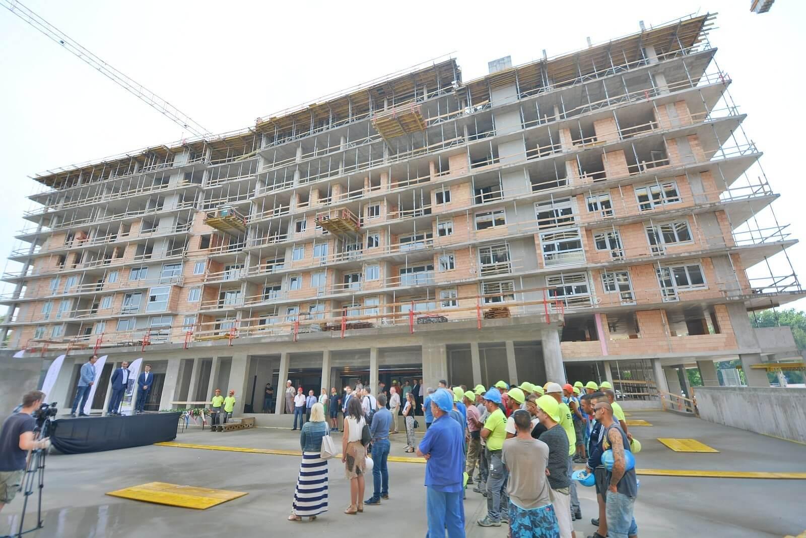 Több száz lakás épül Székesfehérvár megújuló városrészében