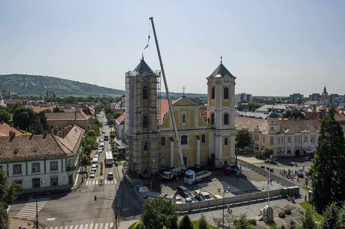 Visszanyeri a tűzvész előtti állapotát Gyöngyös barokk temploma