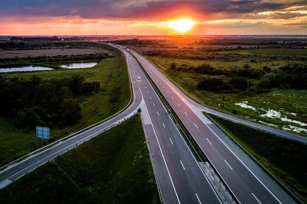 Végre egy jó hír Erdélyből: átadtak 30 kilométernyi autópályát