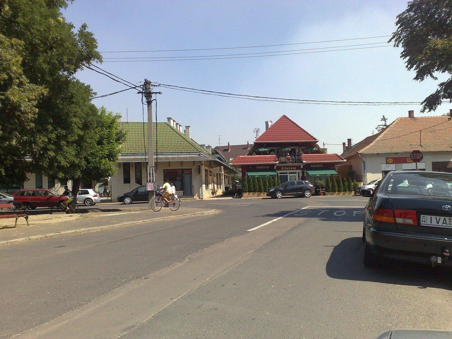 Megújulnak az utak Tiszafüred belvárosában