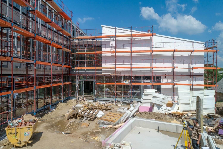 Heteken belül már használhatják az új városházát a törökbálintiak