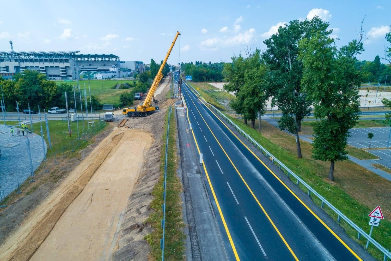 Évek óta fennálló közlekedési problémáját orvosolja Győr