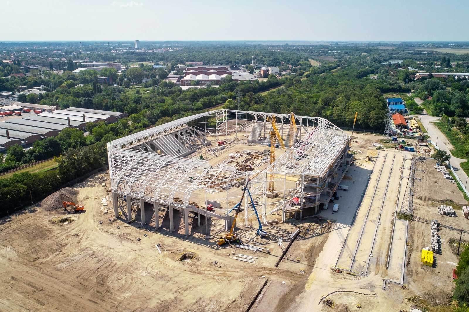 Négy hónap alatt elkészült a Szegedi Ifjúsági Centrum szerkezete