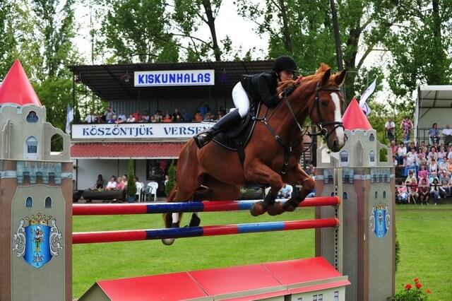 Átadták a lovasközpontot, aminek segítségével ott lehetünk a következő olimpián