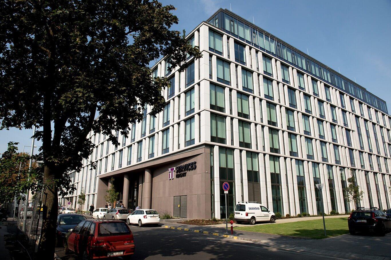 Székházat avattak Budapest új irodaházában