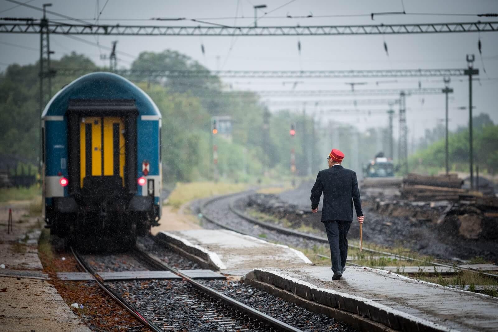 Újabb szakasz átépítése rajtolt el a Budapest-Pécs vasútvonalon