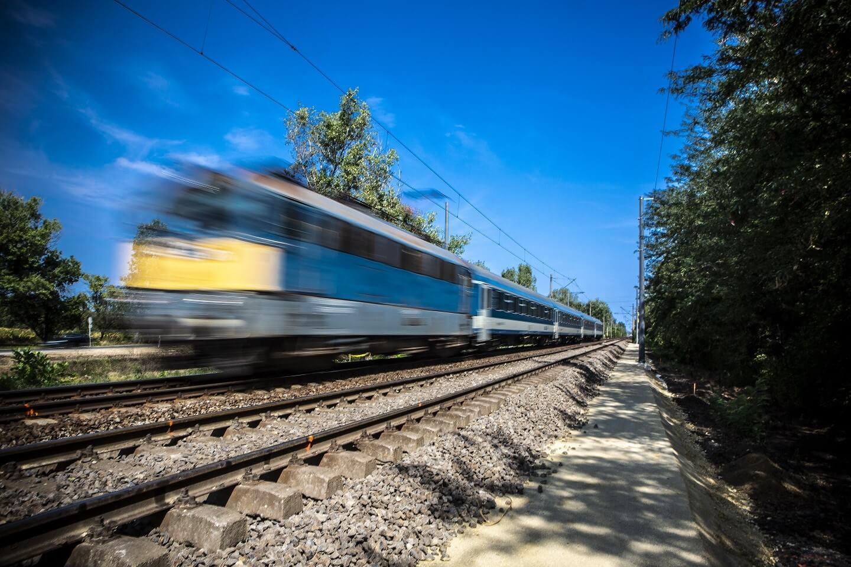 Magasabb fokozatra kapcsol az Ebes-Debrecen vasútvonal