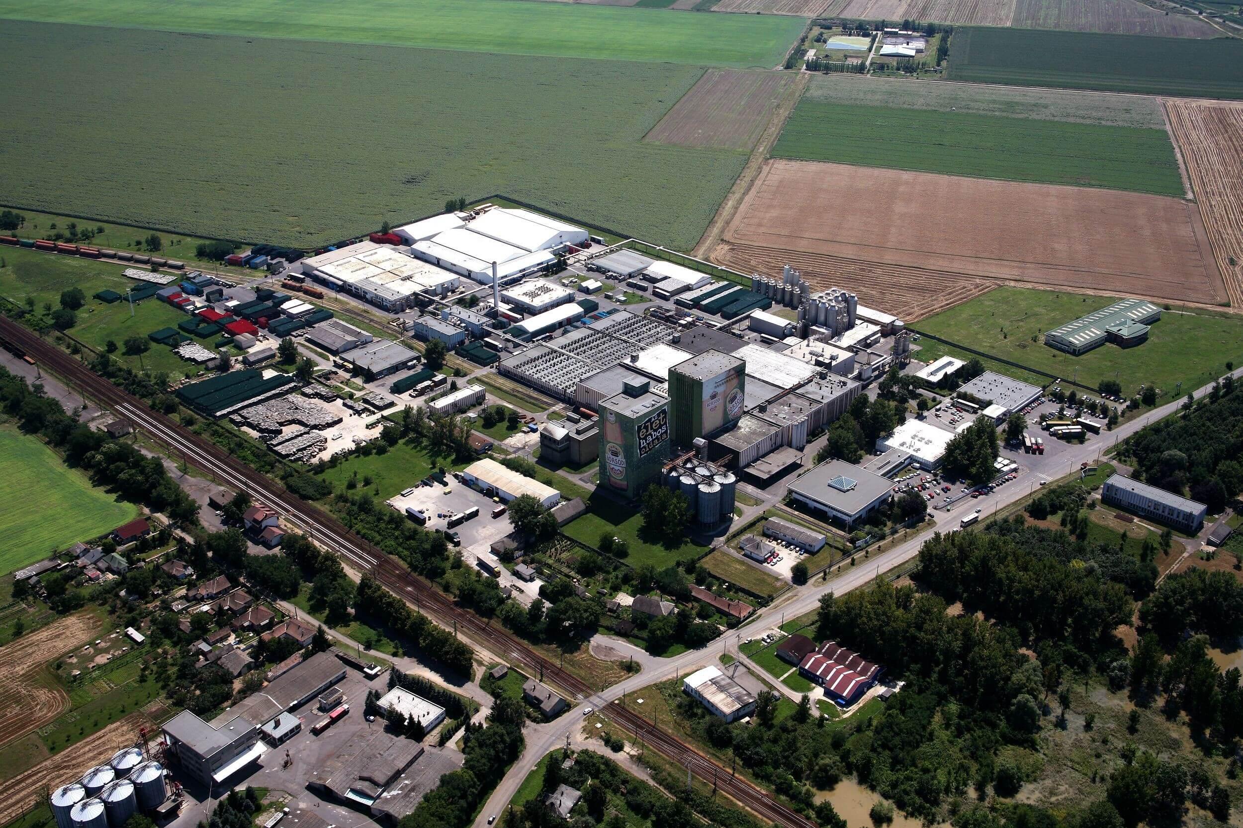 Bővül a bőcsi Borsodi-gyár: közép-európai exportközpont lesz