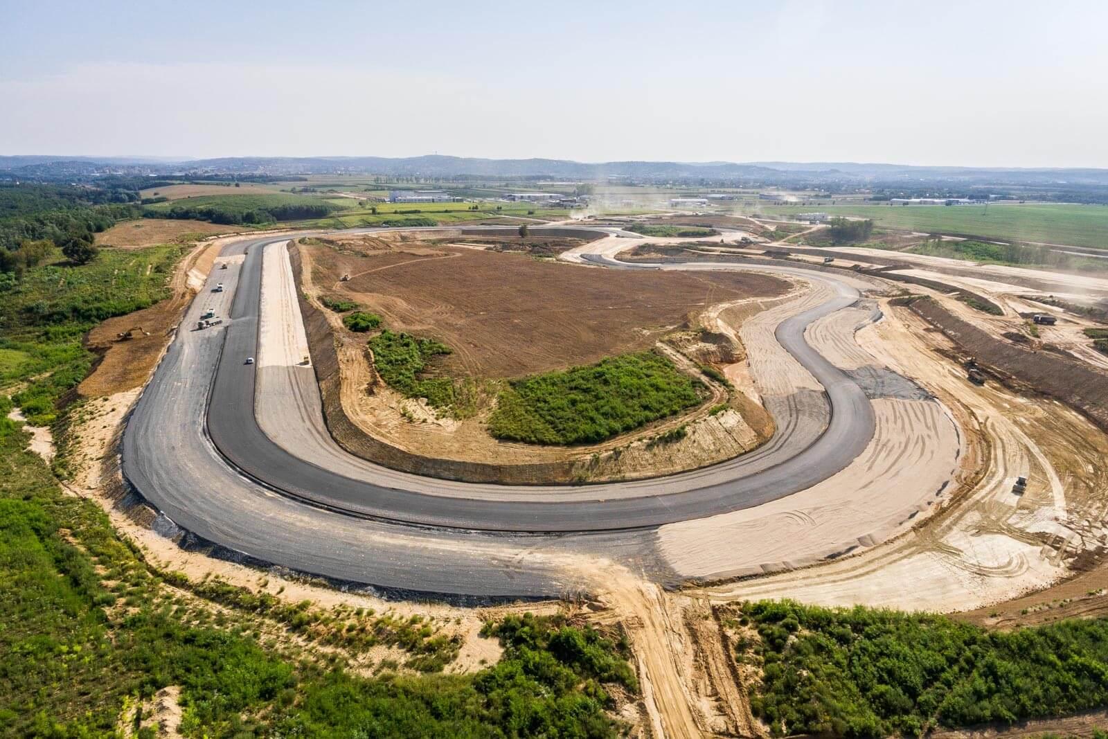 Zalai tesztpálya: rajtol az autópályaszakasz építése