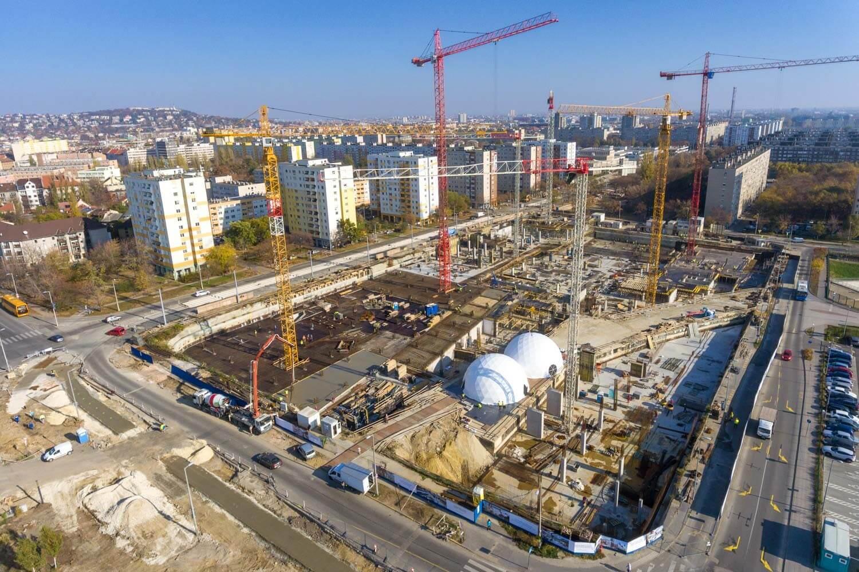 Elrajtolt a 100 milliárdos Etele Pláza építkezése