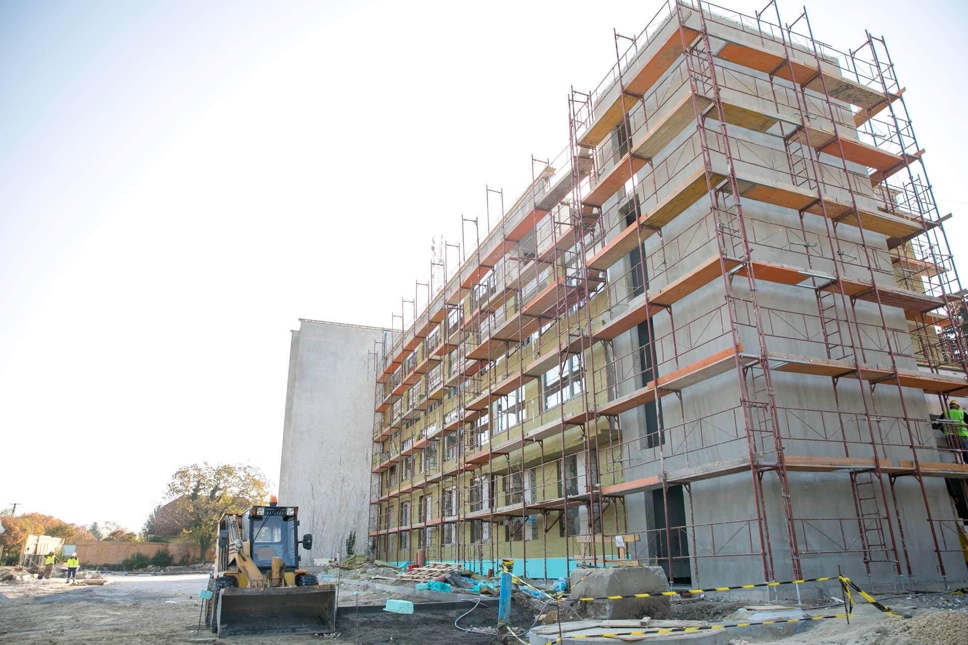 Tavasszal átadják a TE új oktatási centrumát Velencén