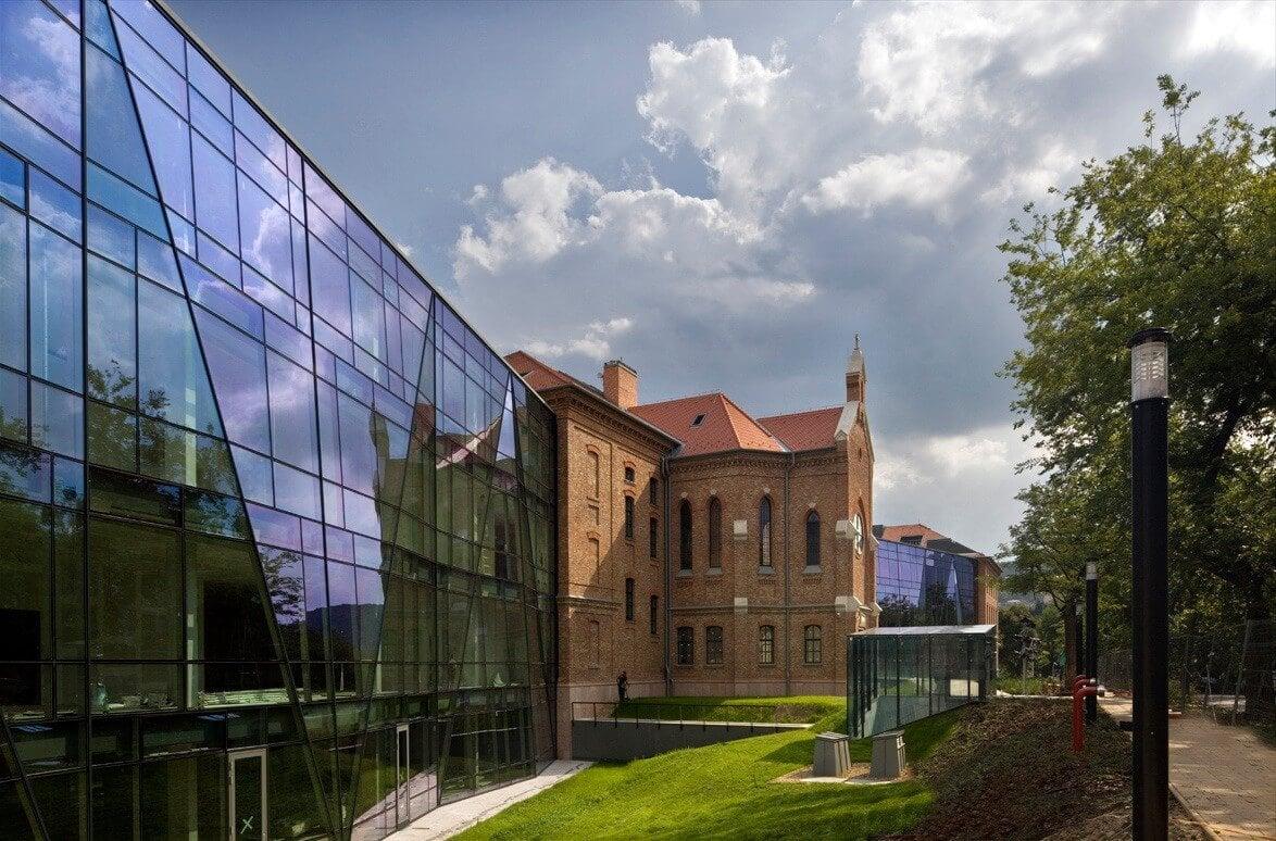 Székesfehérvári cég fejlesztett ki hűthető üvegszerkezetet