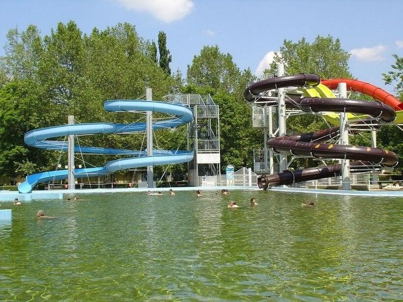 2021-ig teljes átalakuláson megy át Szolnok népszerű fürdője