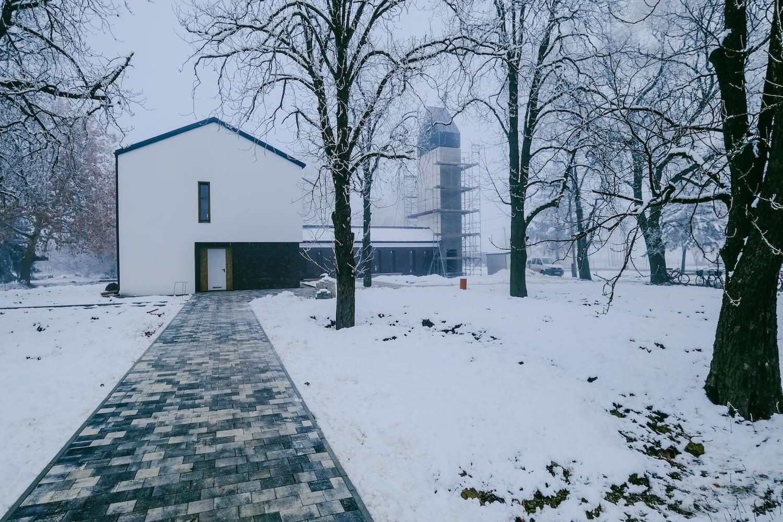 Első templomát kapja meg a Wenckheim-kastélyáról híres Tarhos