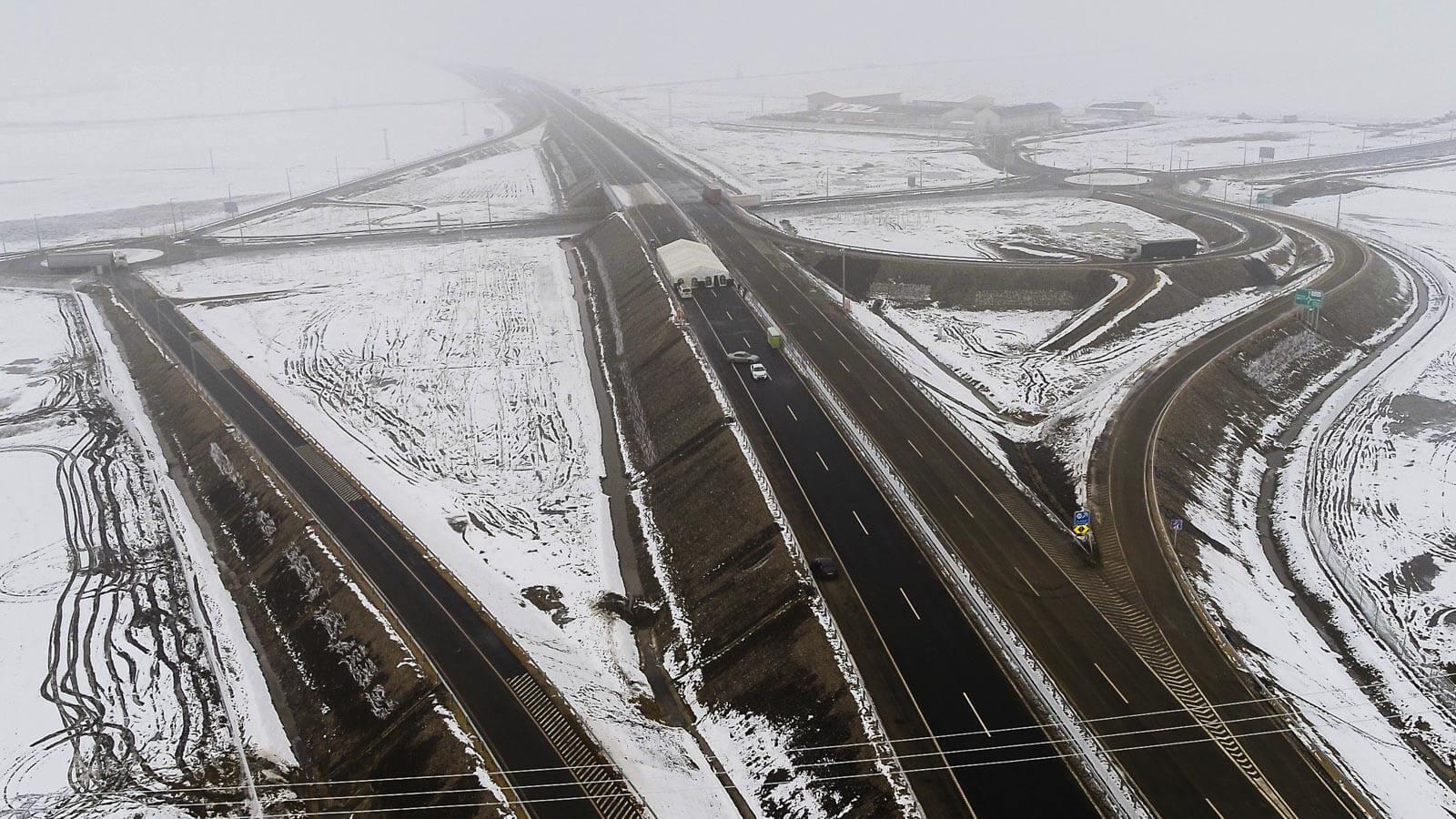 Közelebb került Erdély Budapesthez: átadták az M35-ös és az M4-es 23 kilométerét
