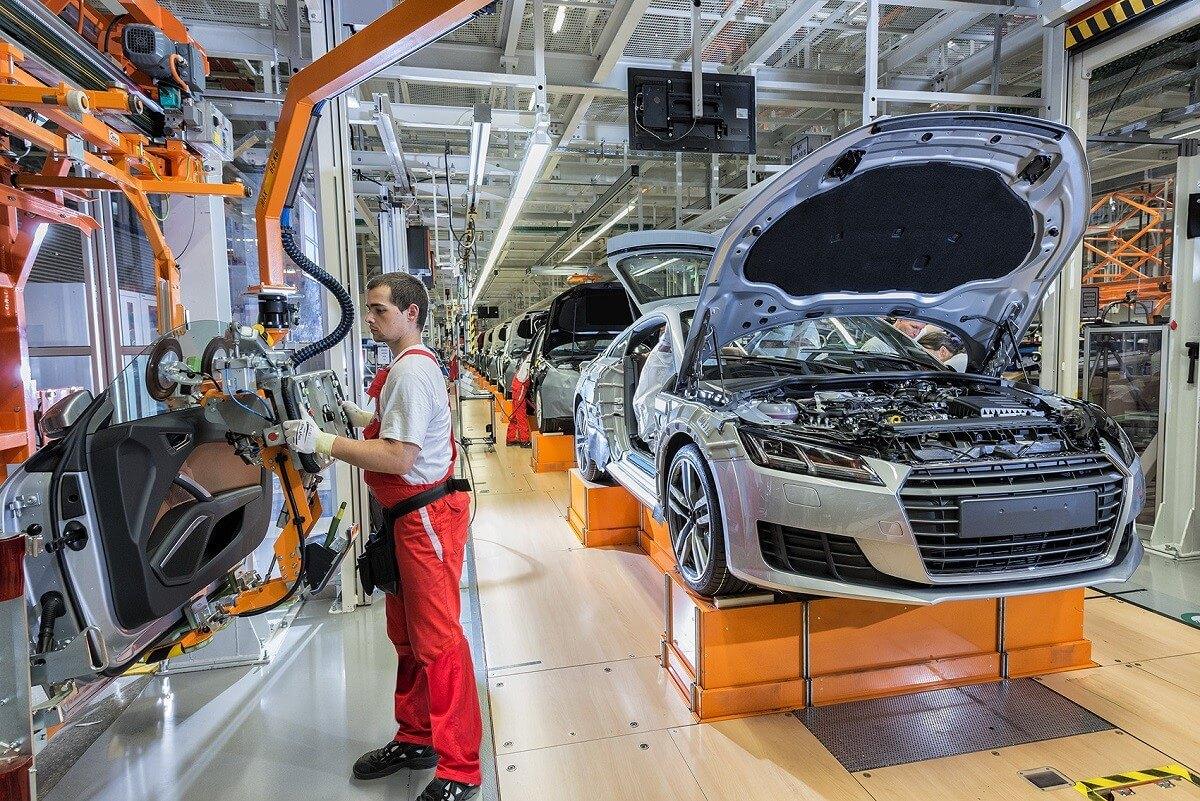 Tizenötezer négyzetméterrel lett nagyobb az Audi győri gyára