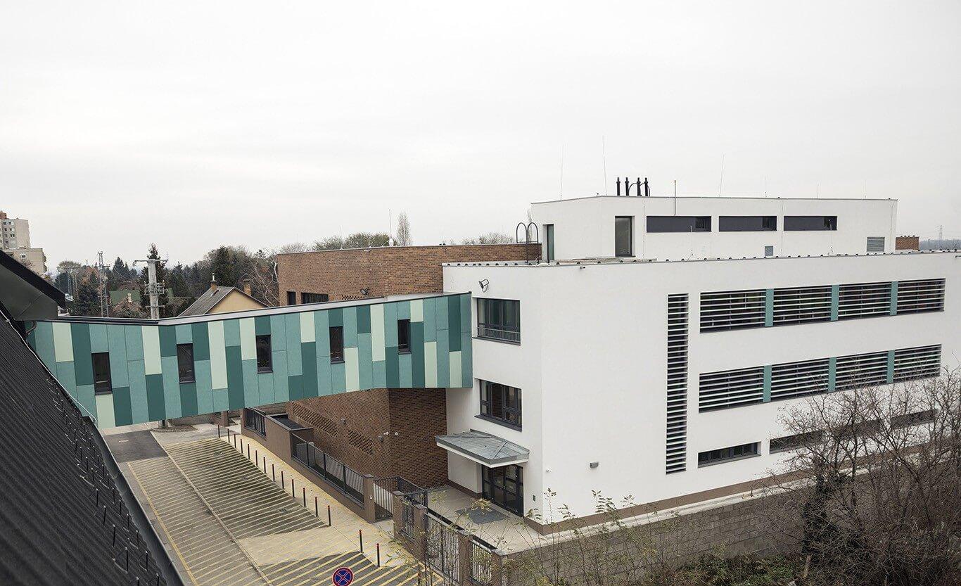 Új épülettel oldotta meg férőhelygondjait az érdi iskola