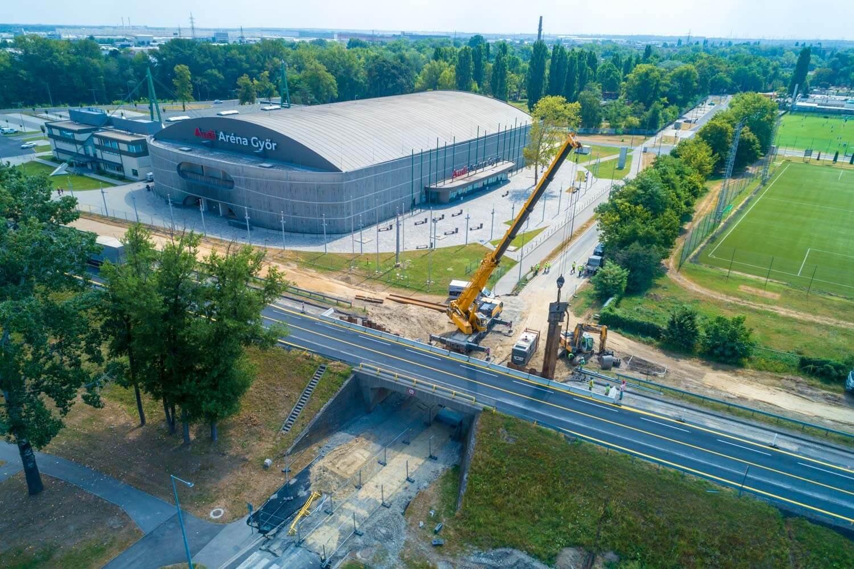 Őszre fontos győri szakaszon készül el az 1-es főút bővítése