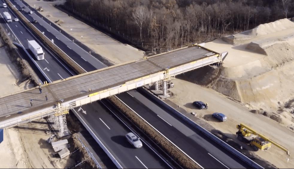 Így épül a Balaton kulcsfontosságú autópálya csomópontja - videó