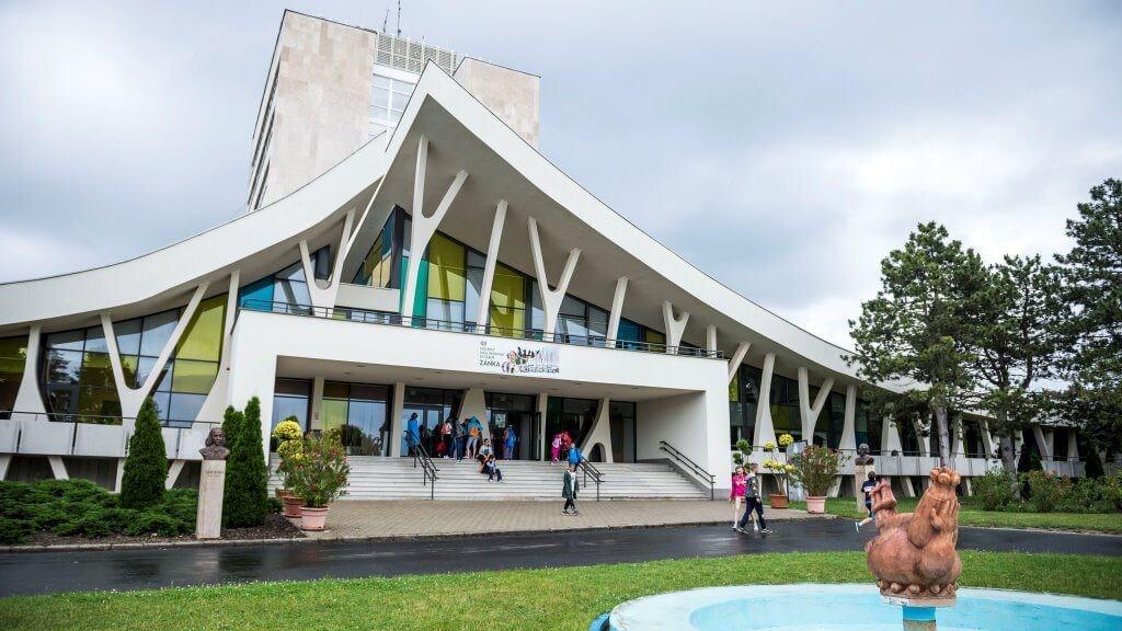 Erzsébet-táborok: sportcsarnok és színház épül a Balaton partján