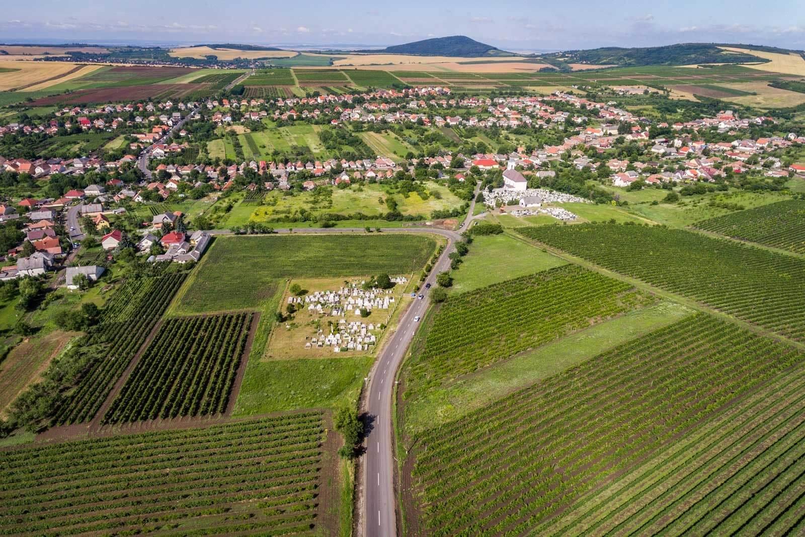 Összekötő utat újított fel Borsodban a HE-DO és a KM Építő