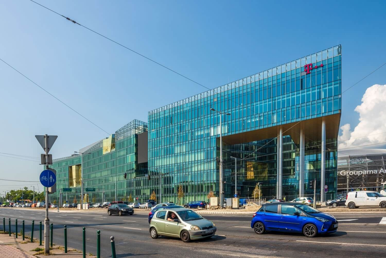 Nemcsak a mérete miatt került a legek közé a Telekom székháza