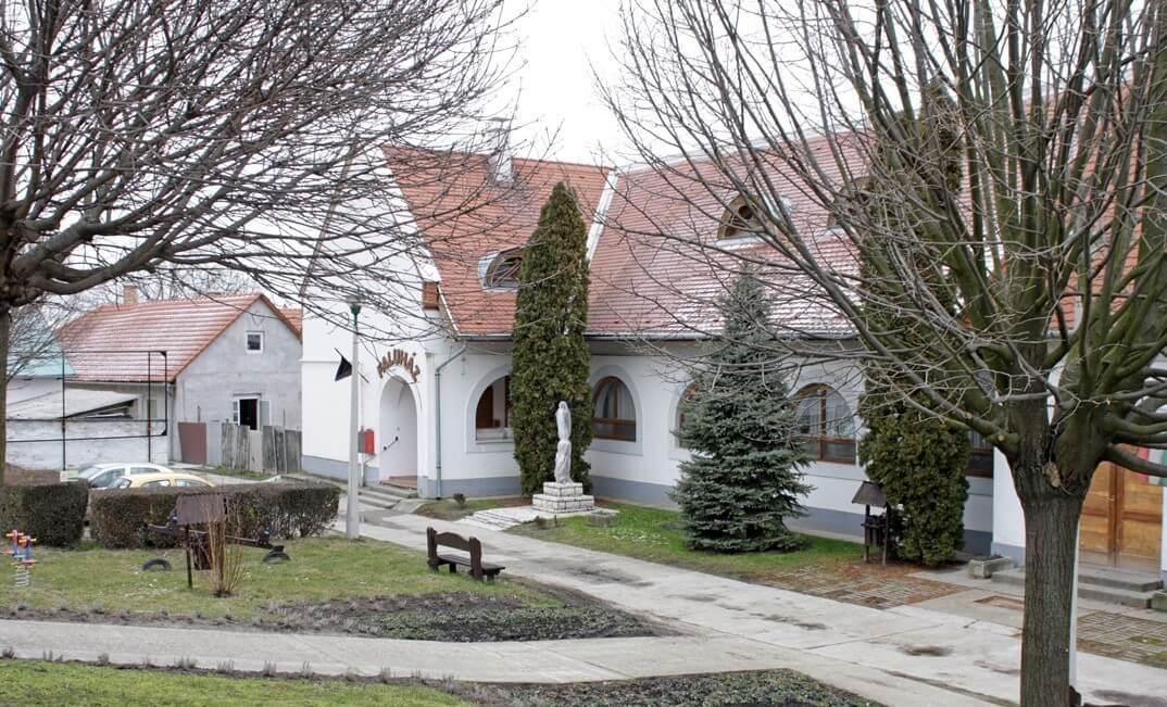 Országszerte megújulnak a használaton kívüli falusi épületek