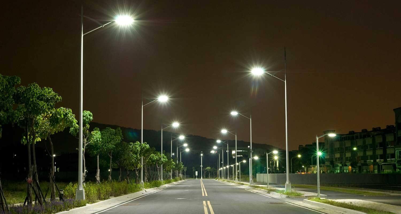 Négy pesti kerületben válik környezetbaráttá a közvilágítás