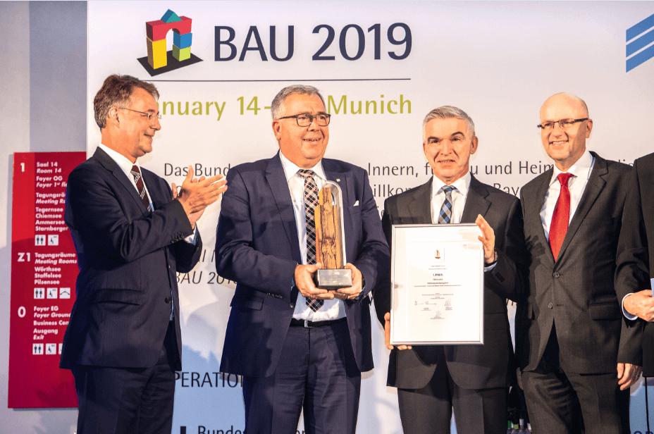 Újrahasznosítható termékkel nyert nemzetközi díjat a PERI