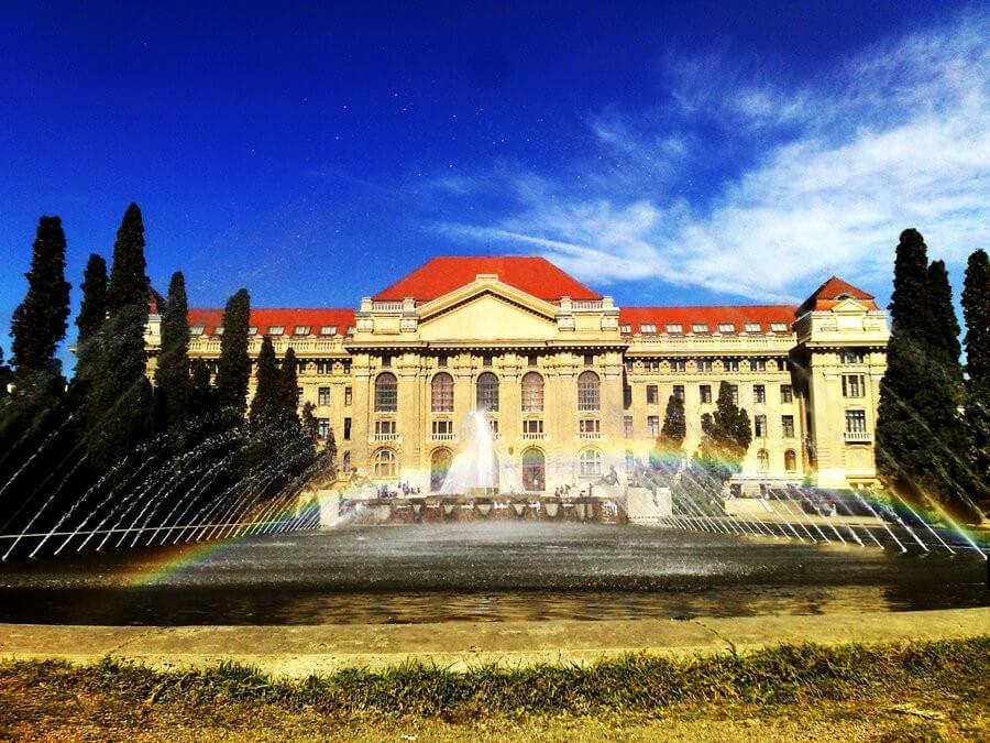 Sokrétű fejlesztések következnek a Debreceni Egyetem több karán