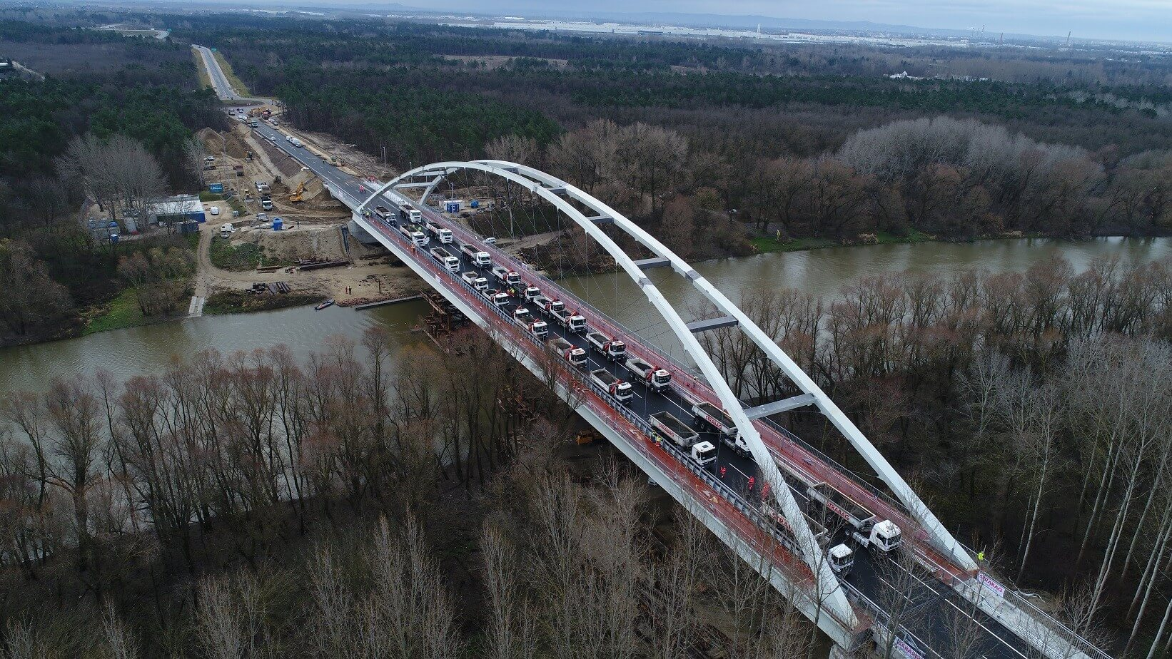 Újabb hidat kap Győr a Mosoni-Dunán
