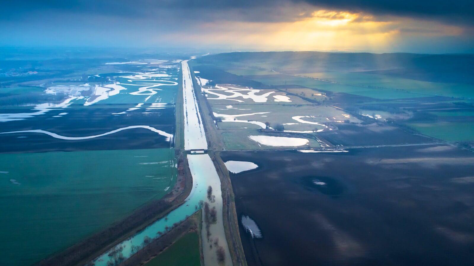 Dunántúli csatornákon állít helyre védműveket az Aqua-Generál