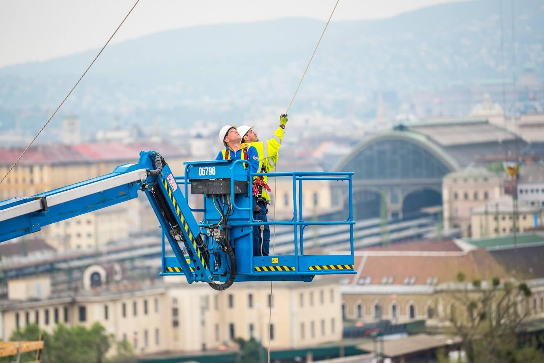 Újabb hatmilliárdos forrás érkezik az építőiparba