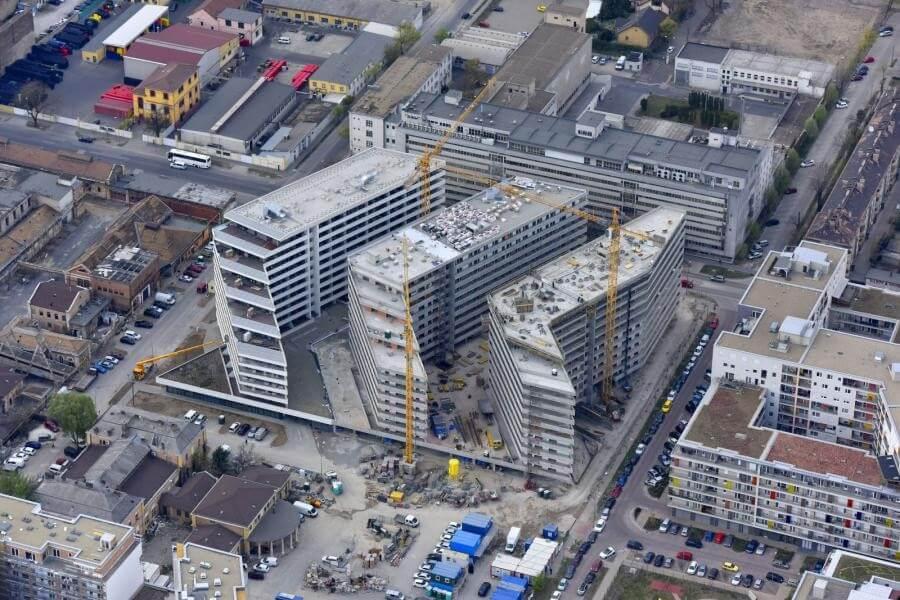 Így gazdagodik egy helyszínen félezer új lakással a Ferencváros – friss fotók
