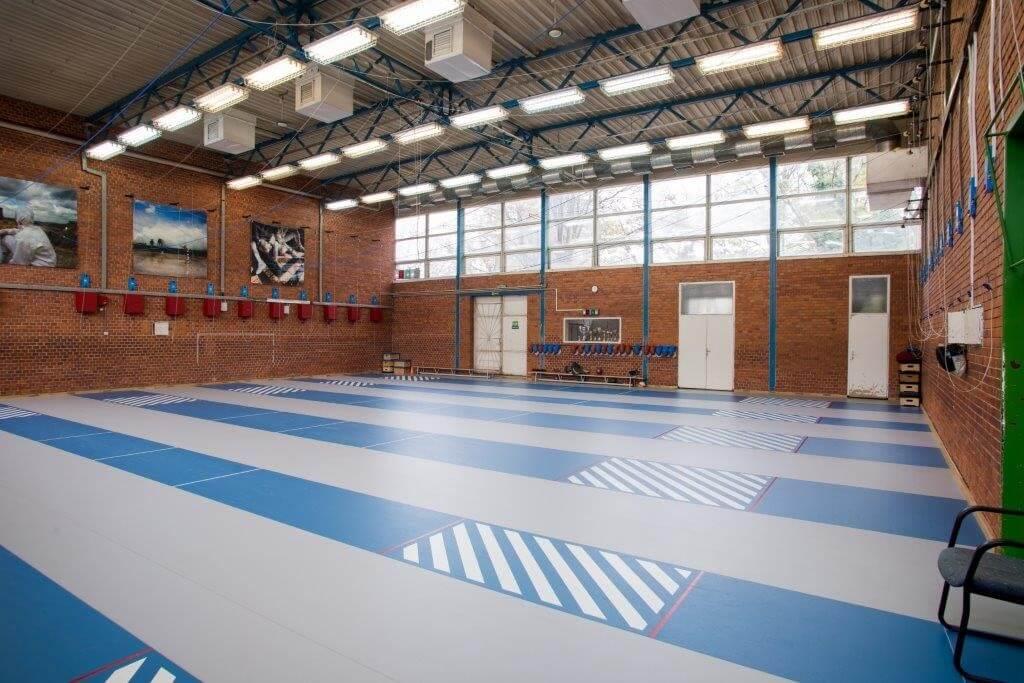 Nagy múltú sportegyesület pályáit újította fel a Mapei