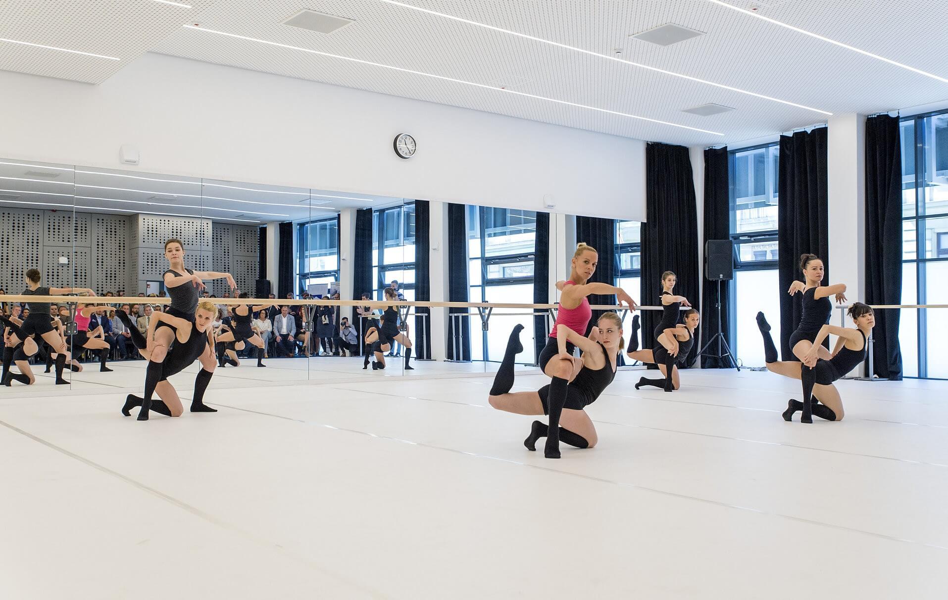 A tánc világnapján kapott új próbatermet a Győri Balett