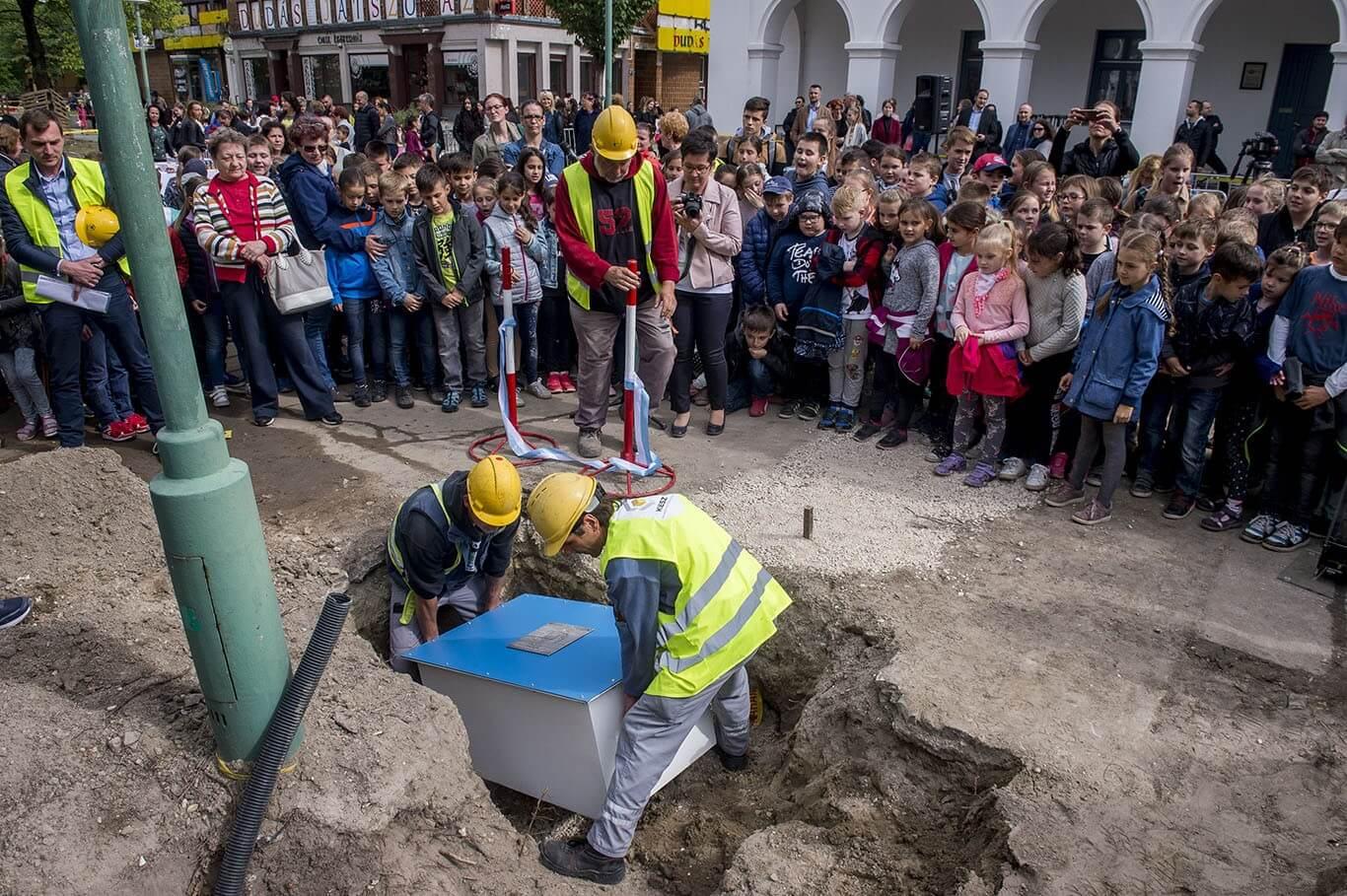 Gyerekrajzok indították el a kiskunfélegyházi belváros megújulását