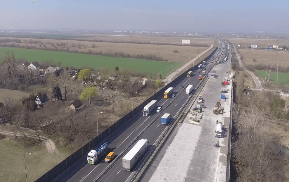 Nézze meg, hogy áll az M0-s déli szakaszának felújítása – videó