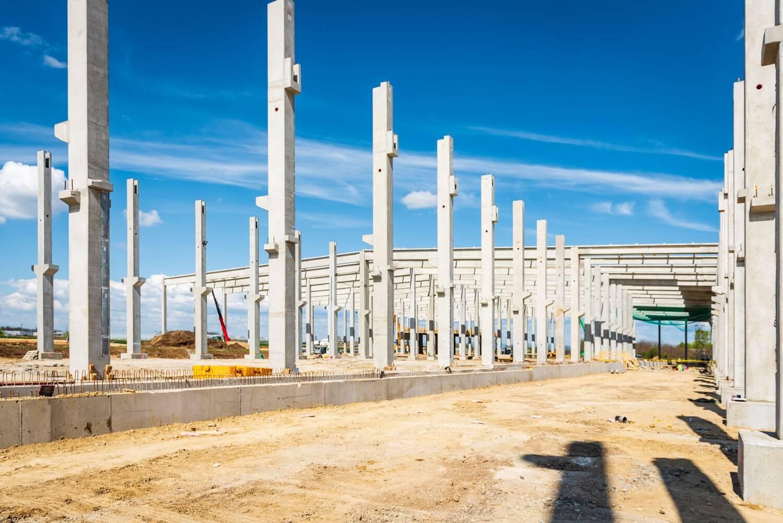 Milliméteres süllyedési kritériummal épül meg Jászfényszaru új gyára