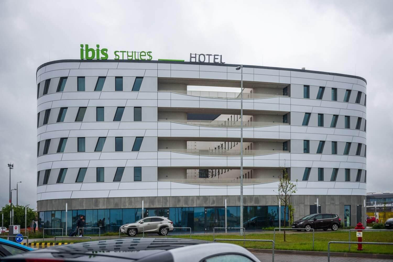 Kemény időjárásban épült meg határidőre a nívódíjas ferihegyi szálloda